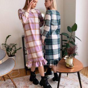 Купити плаття бузкового кольору з тонкого кашеміру в клітку для жінок онлайн