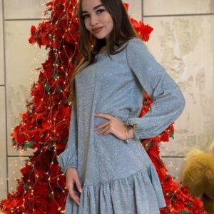 Купить голубого цвета женское платье с рюшей из люрекса голографик (размер 42-48) по скидке