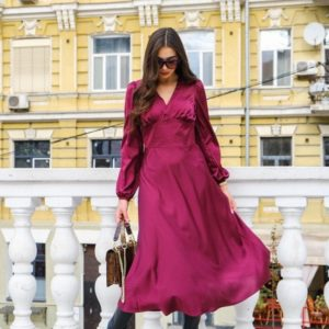 Придбати марсала жіноче шовкове плаття довжини міді в Україні