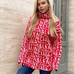 Заказать красный удлиненный женский свитер под горло с лого Balenciaga по скидке