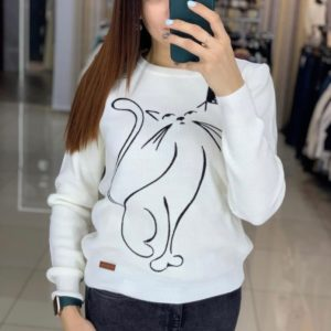 Замовити білого кольору трикотажний светр з принтом кішка жіночий в Україні