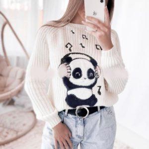 Придбати білий жіночий в'язаний светр з принтом панда в навушниках на осінь по знижці