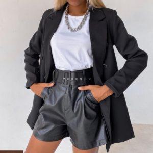 Купить женские черные шорты из эко кожи с ремнем в интернете