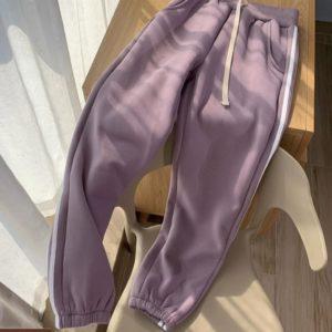Купить цвета фиалка женские спортивные трикотажные штаны с двойными лампасами по скидке