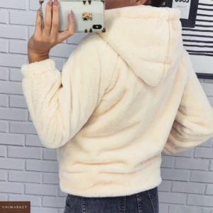 Заказать бежевую женскую короткую шубу на з по скидкемейке с капюшоном