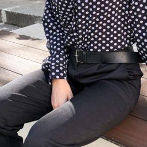 Заказать женские черные зауженные брюки со стрелкой недорого