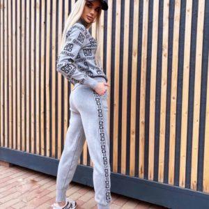 Заказать серый вязаный женский спортивный костюм Givenchy на змейке недорого