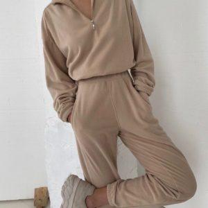 Замовити беж спортивний костюм з флісу зі змійкою для жінок онлайн