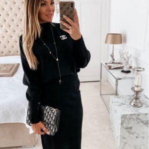 Заказать черный женский костюм с юбкой и свитером (размер 42-50) из ангоры онлайн
