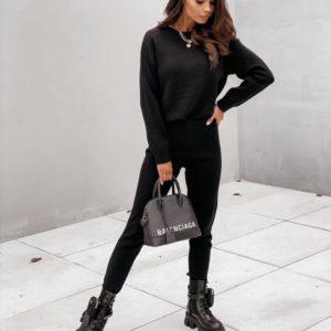 Замовити чорний прогулянковий жіночий костюм з ангори (розмір 42-50) недорого