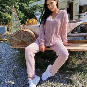 Заказать уютный женский вязаный костюм розовый из шерсти и хлопка онлайн