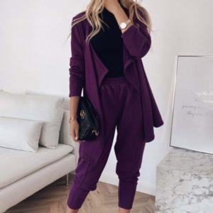 Купить женский трикотажный брючный костюм темно-лилового цвета с кардиганом по низким ценам