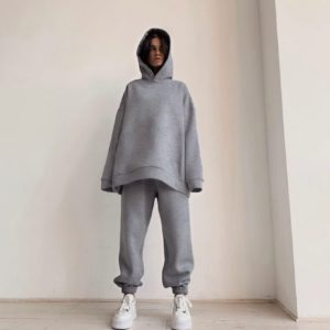 Купить женский костюм серый oversize на флисе свободного кроя (размер 42-52) по скидке