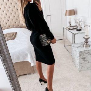 Купить женский черного цвета по скидке костюм с юбкой и свитером из ангоры (размер 42-50)