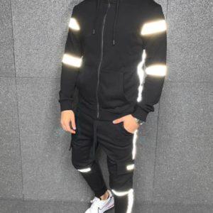 Заказать по скидке мужской черный спортивный теплый костюм со светоотражающими вставками (размер 46-52) на осень