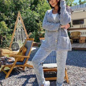 Купить женский уютный вязаный костюм серого цвета из шерсти и хлопка недорого