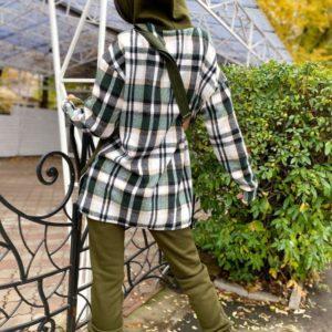 Придбати недорого жіночий спортивний костюм з трехніткі кольору хакі з картатими вставками (розмір 42-48) онлайн