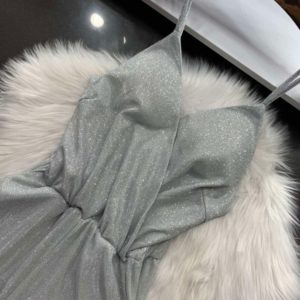 Купити срібло жіночий блискучий комбінезон з брюками на бретельках в інтернеті