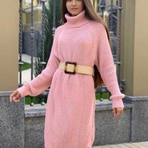 Замовити жіноче рожевого кольору в'язане плаття з об'ємним коміром онлайн