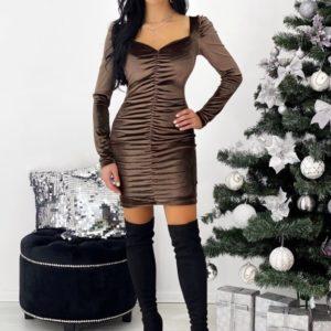 Заказать онлайн кофейного цвета бархатное платье мини с длинным рукавом (размер 42-48) дешево