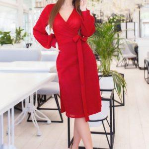 Заказать красное женское платье на запах из сияющего трикотажа рубчик (размер 42-48) выгодно
