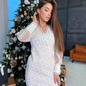 Купить белое нежное женское кружевное платье с прозрачными рукавами по скидке