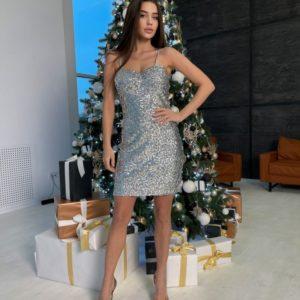 Заказать женское блестящее платье серебристое в пайетках на тонких бретельках дешево