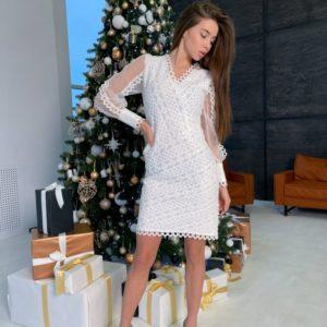 Заказать женское нежное кружевное платье с прозрачными рукавами на праздник белого цвета выгодно