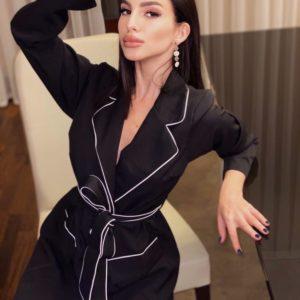 Заказать женское платье-халат черного цвета с контрастной окантовкой по низким ценам