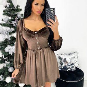 Купить кофейного цвета бархатное платье мини с открытыми плечами (размер 42-48) в интернете для женщин