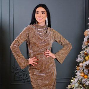 Купить золотое вечернее женское платье со сборкой на груди по скидке