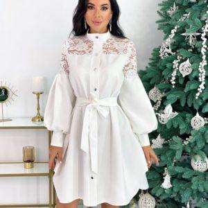 Купить белое платье-рубашка с гипюром для женщин и необычными рукавами (размер 42-48) по скидке