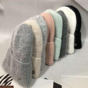 Заказать женскую серую, белую, черную, беж, пудра вытянутую шапку из ангоры с шерстью дешево