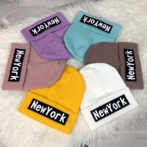 Приобрести выгодно шапку разных цветов с надписью New York для мужчин и женщин