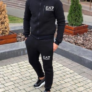 Заказать черный спортивный мужской костюм EA7 из трехнити на флисе (размер 48-52) недорого