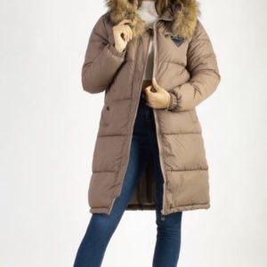 Заказать цвета мокко куртку на синтепоне с натуральным мехом (размер 42-48) для женщин на зиму онлайн