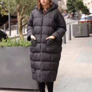 Замовити чорну довгу куртку оверсайз жіночу по знижці