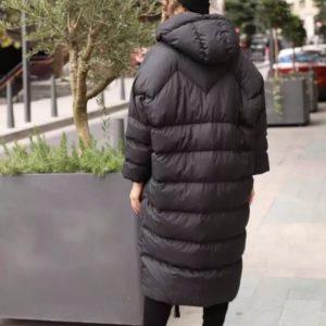 Купити жіночу довгу куртку оверсайз чорного кольору на зиму онлайн