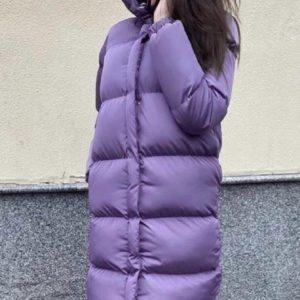 Купить цвета фиолет водоотталкивающую длинную куртку на синтепоне (размер 42-48) по скидке для женщин