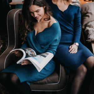 Заказать бирюзовое теплое трикотажное женское платье с добавлением шерсти недорого