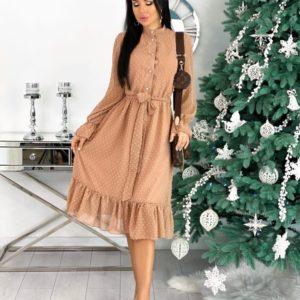 Приобрести бежевое женское нежное платье в структурный горошек с поясом (размер 42-48) по скидке