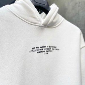 Заказать белое худи мужское с надписью с имитацией футболки (размер 48-52) по скидке