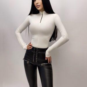 Заказать женское боди белого цвета из трикотажа с контрастной змейкой недорого