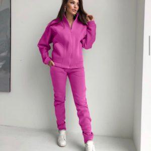 Заказать ярко розовый теплый костюм для женщин с перестрочками на кофте по скидке