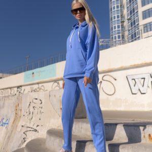 Купить голубого цвета плотный спортивный костюм оверсайз женский (размер 42-56) онлайн