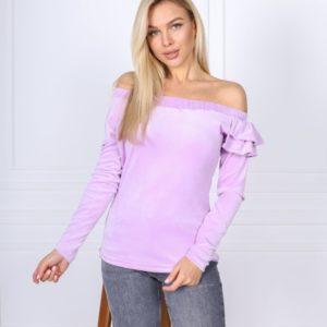 Заказать лилового цвета бархатную кофту с открытыми плечами и рюшей (размер 42-52) для женщин в Украине