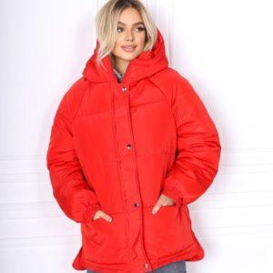 Заказать женскую красную куртку oversize с рукавом реглан (размер 42-48) по скидке