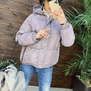 Купить недорого женскую короткую зимнюю куртку с капюшоном (размер 42-48) розового цвета