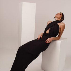 Купить выгодно женское Элегантное платье под шею (размер 42-48) черного цвета