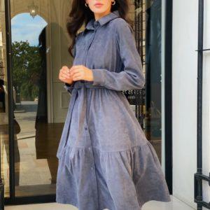 Купить серого цвета женское платье-рубашка длины миди из микровельвета в Украине